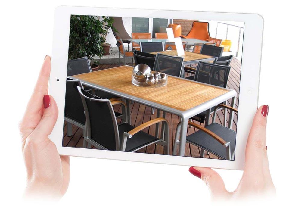 tavoli in vetro o in legno, come piacciono a te