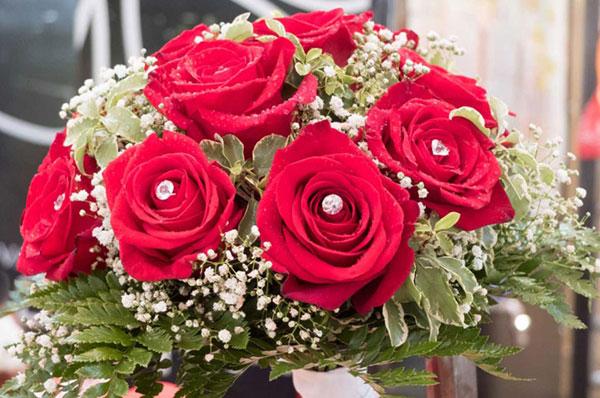 Ricevere un bel mazzo di fiori fa sempre piacere